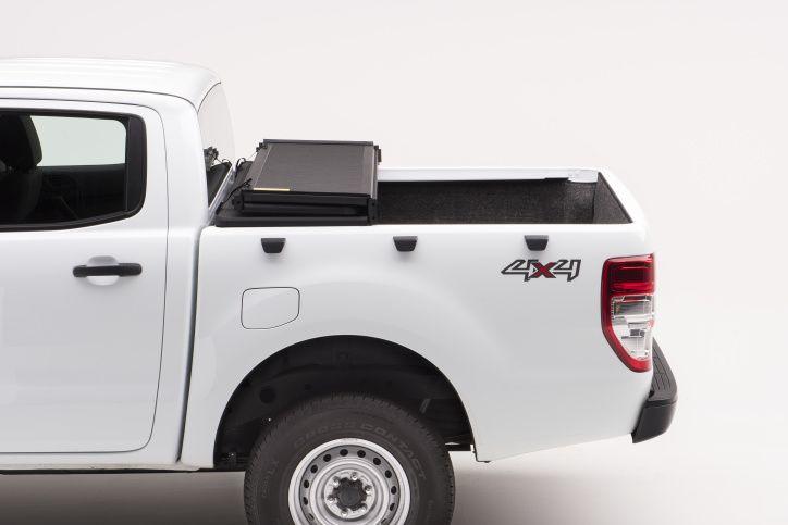NOVISauto Laderaumabdeckung zum Falten Trifold SOLIDFOLD Ford Ranger Doppelkabine 2012+ offen fahrbar
