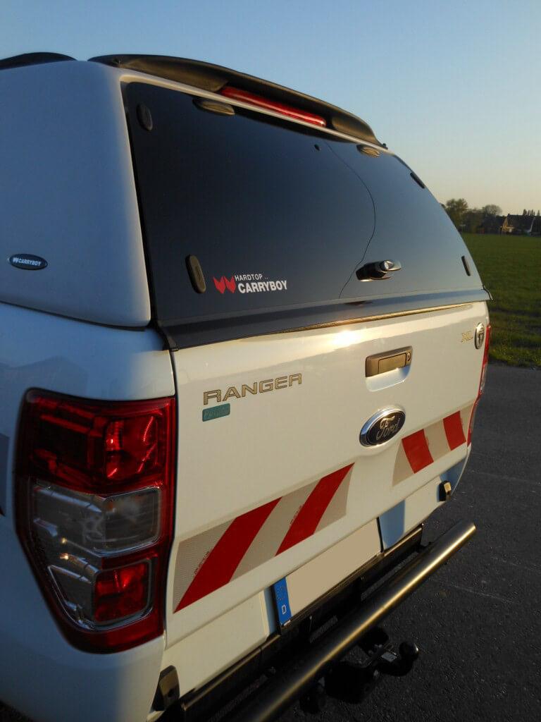 Carryboy Hardtop ohne Seitenfenster 560oS für Ford Ranger Doppelkabine 02-11 Zubehör Vollglas Heckscheibe