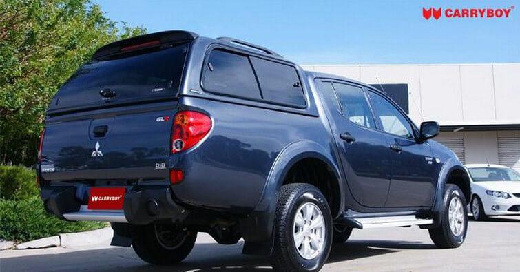CARRYBOY Hardtop mit Schiebefenster 560-MTDL Mitsubishi L200 Doppelkabine Langbett 151cm Lackierung in Wagenfarbe