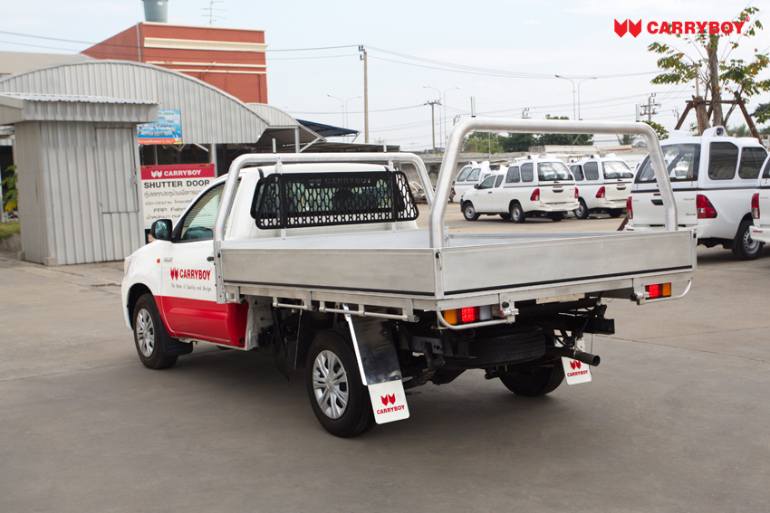 Carryboy Fahrgestellaufbau Aluminium Tray Modell CB-790-02 Frontschutzgitter