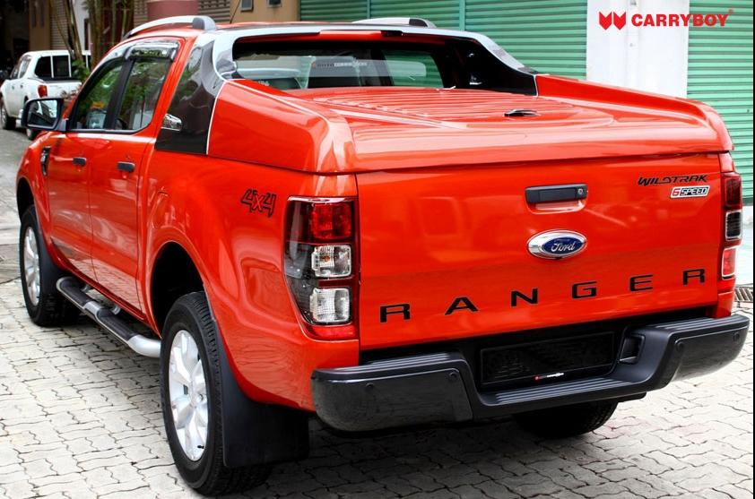Ford Ranger Laderaumabdeckung Fullbox 762 mit Überrollbügel, Kontrastlackierung