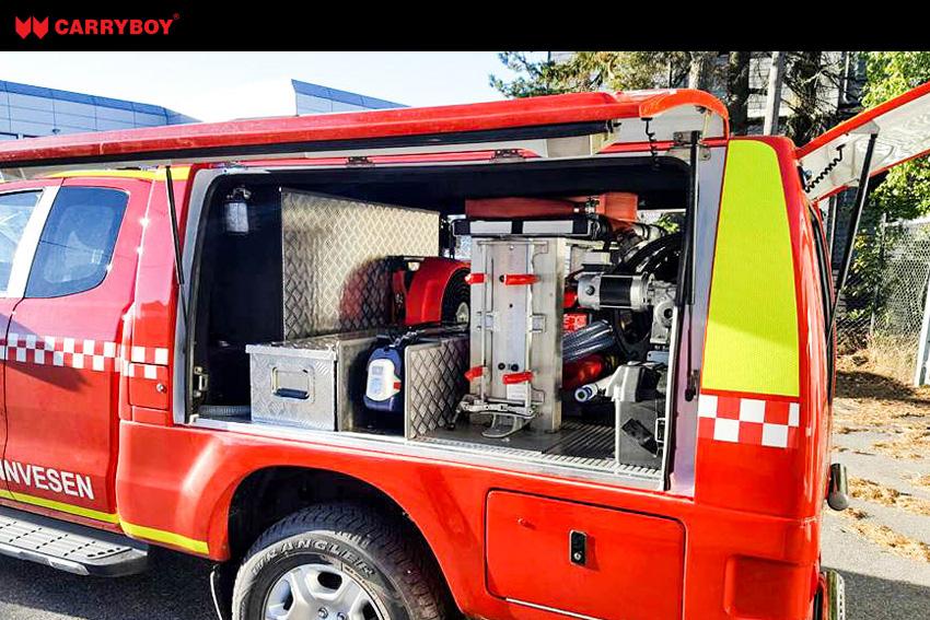 CARRYBOY Kofferaufbau CSV Lackierung in Wagenfarbe Ford Ranger Extrakabine Feuerwehr Ausstattung