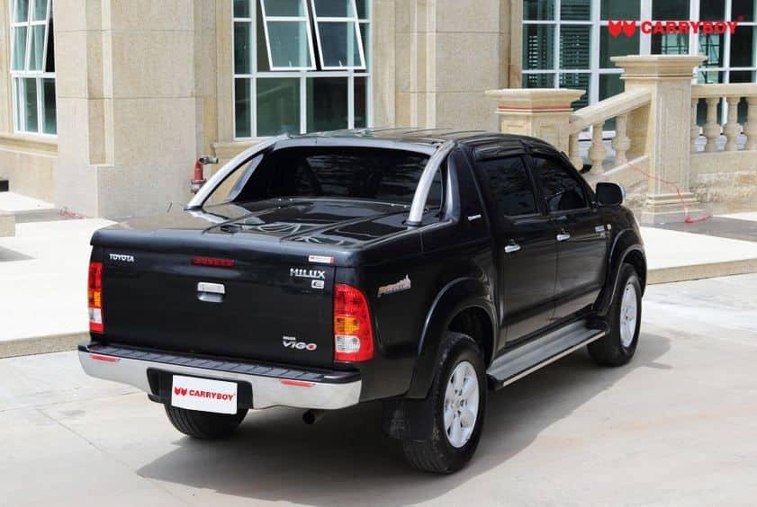 CARRYBOY Laderaumabdeckung mit Edelstahlbügel GRX-TVD Toyota Hilux Vigo Doppelkabine Deckel mit Überrollbügel