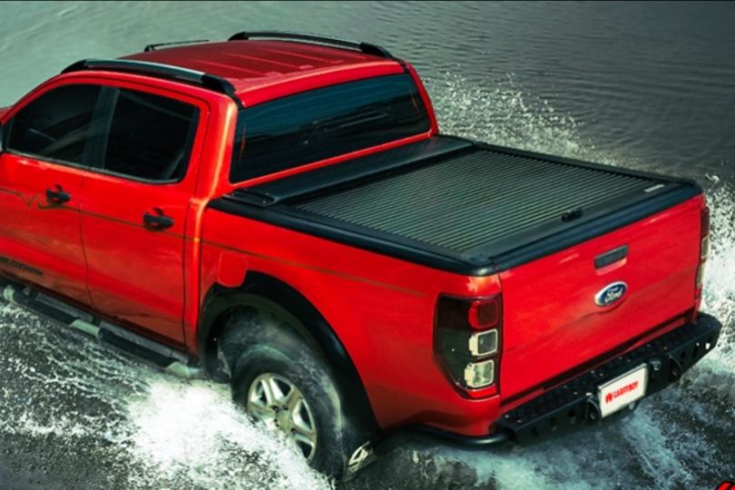 Ford Ranger Doppelkabine Laderaumabdeckung Rollo aus Aluminium, Flachabdeckung