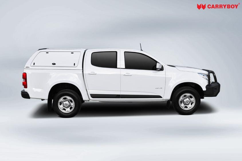 Nissan Navara Doppelkabine CARRYBOY Hardtop mit GFK Klappen SOK Dachreling