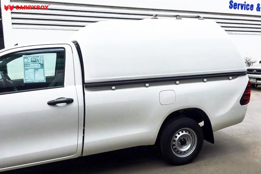 CARRYBOY Hardtop Überhöhe ohne Seitenfenster Toyota Hilux Seitenansicht