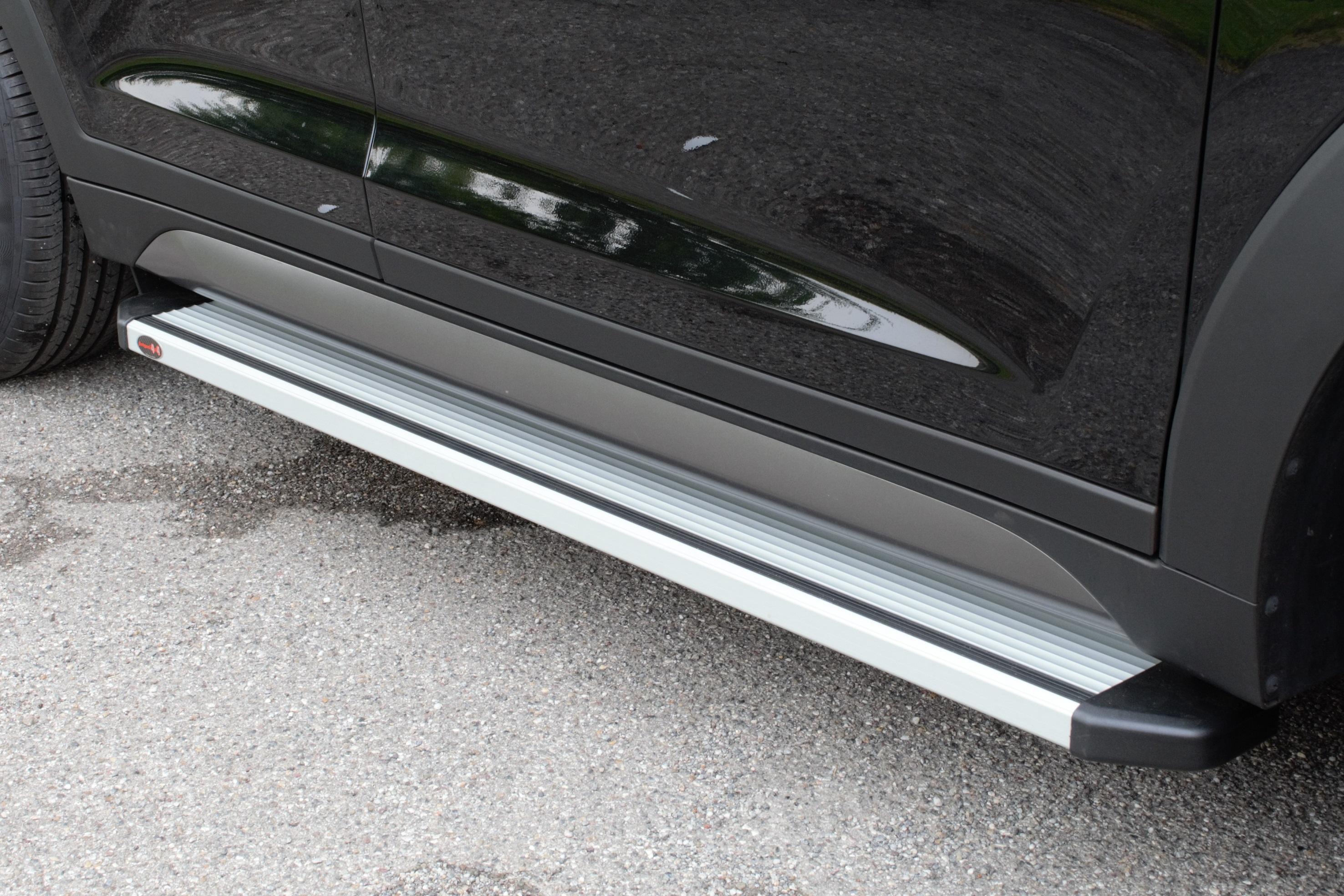 NOVISAuto Trittbretter Modell STD Ford Ranger Doppelkabine