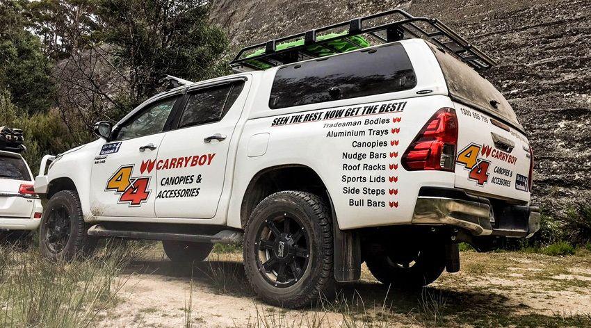 CARRYBOY GFK Hardtop Schiebfenster Klappfenster Kombination Toyota Hilux Revo Invincible Doppelkabine Qualität und Design führend
