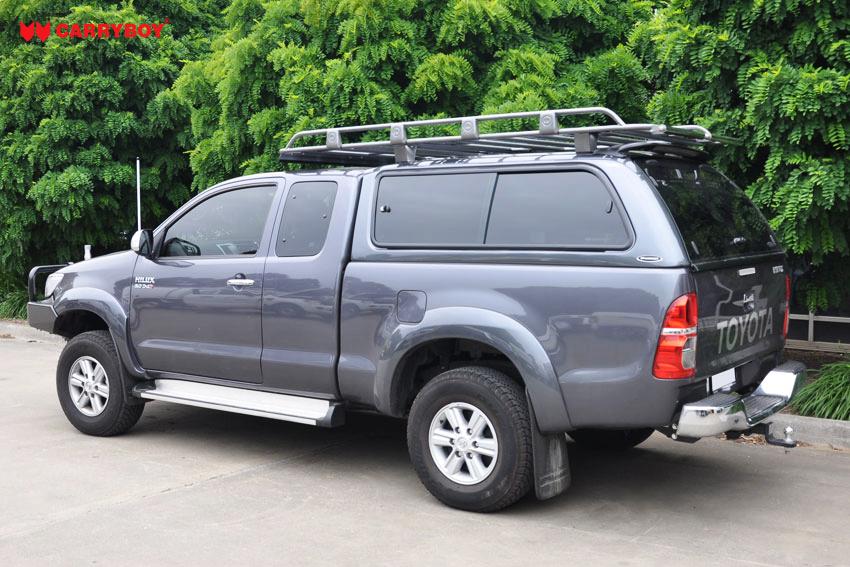 CARRYBOY Hardtop mit großen Schiebefenstern 560gF-TRC Toyota Hilux Revo Invincible Extrakabine Lackierung in Wagenfarbe
