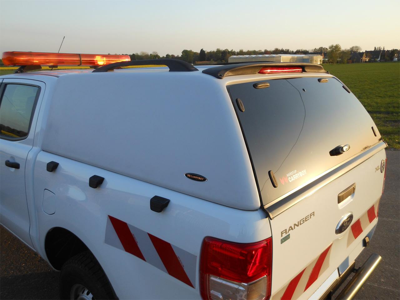 CARRYBOY Ford Ranger Zubehör Hardtop geschlossene Seiten mit Werksbeleuchtung Flottenfahrzeug