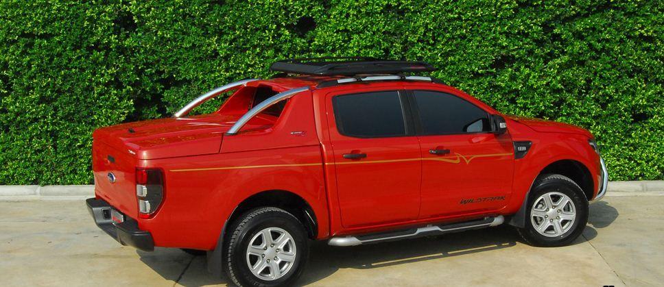 CARRYBOY Laderaumabdeckung Deckel mit Edelstahl Überrollbügel GRX-FTD Ford Ranger Doppelkabine sportliches Design