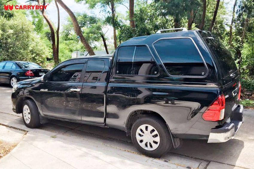 CARRYBOY Hardtop Überhöhe extrahoch 840-TRC mit Schiebefenster Toyota Hilux Revo Extrakabine 2016+getönte Schiebefenster